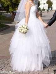 Шикарное свадебное платье торгуюсь