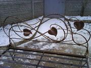 Кровать с элементами художественной ковки